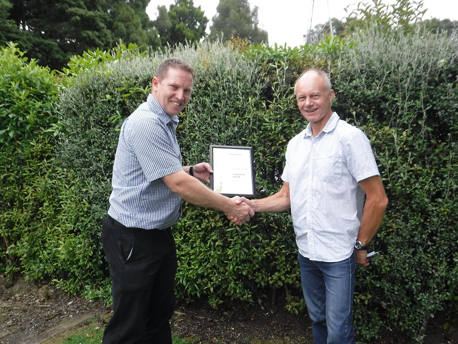Brian Moorhead wins NZ soil science award